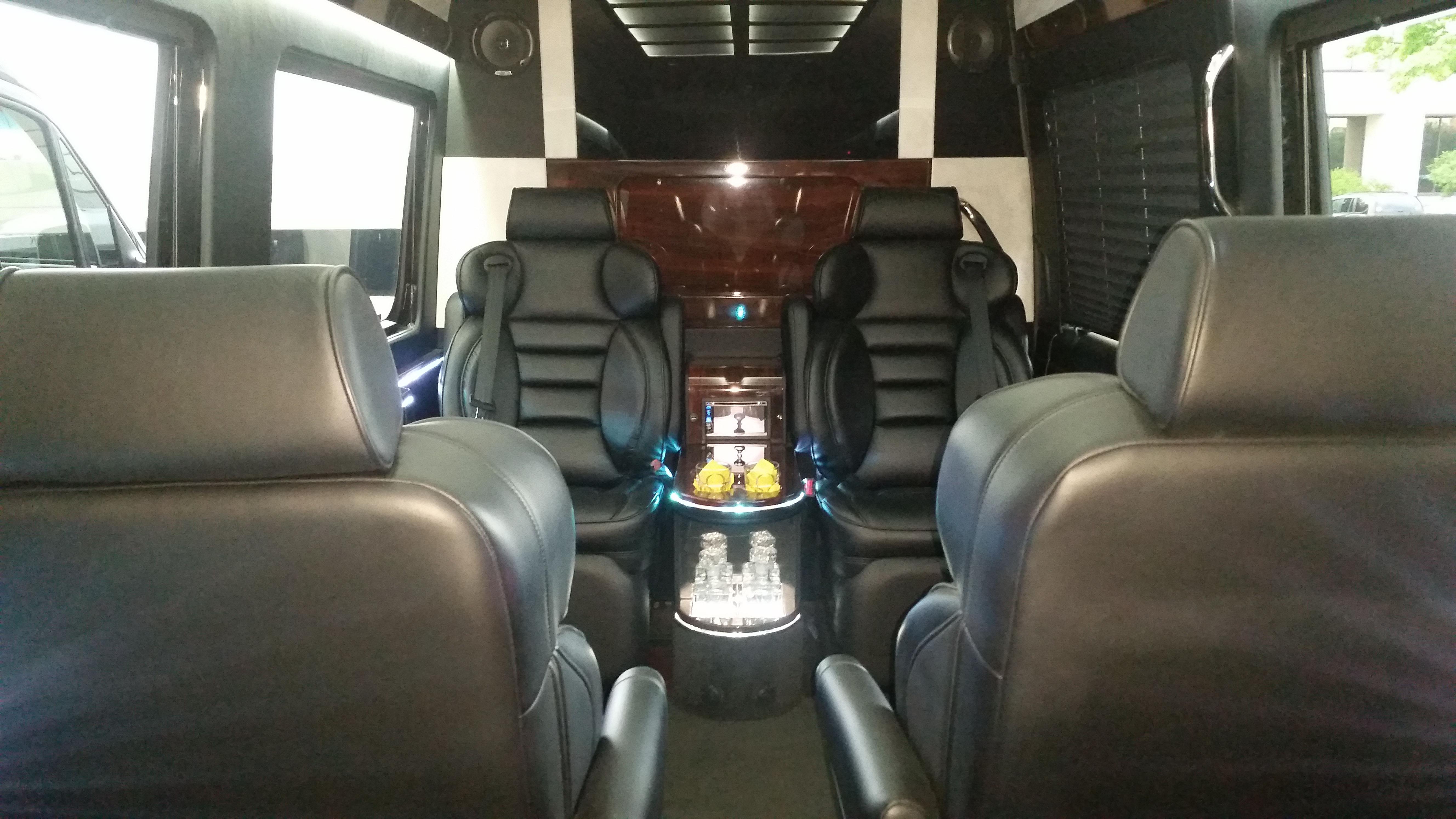 Executive van interior autos post for Mercedes benz sprinter van rentals atlanta
