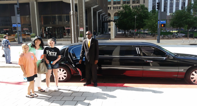 Limos-in-Dallas.jpg